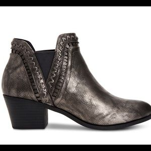 Style & Co Pewter Ankle Boot NIB 9.5M